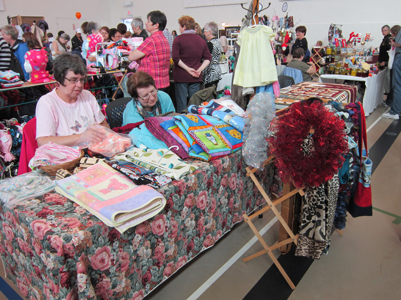 crafters-market-201137